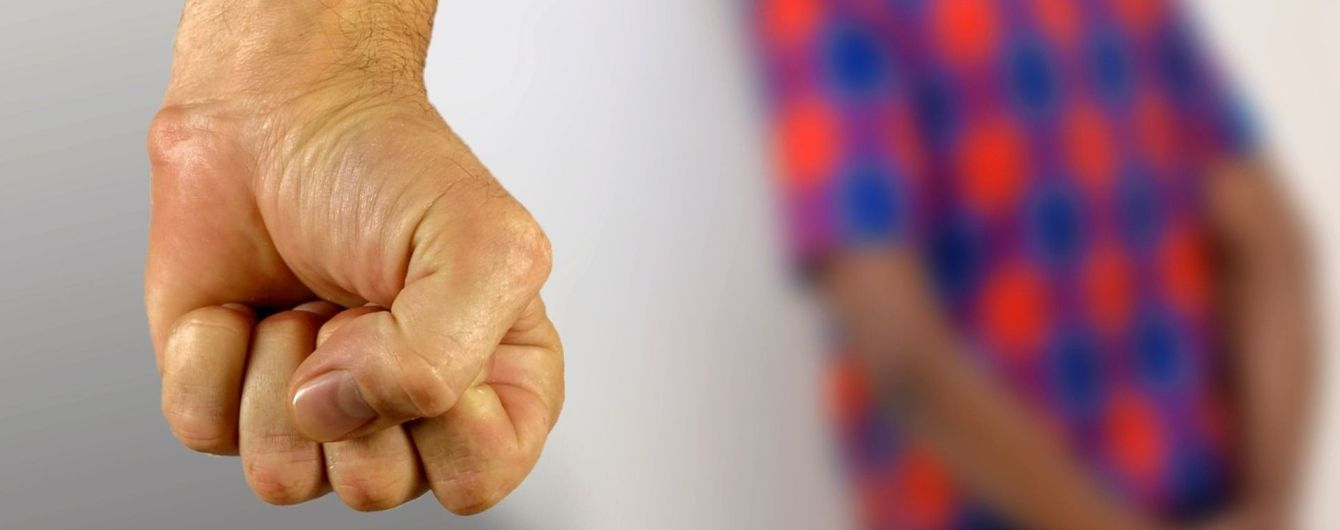 В Пакистане поселковый совет присудил парню публично изнасиловать сестру в знак мести