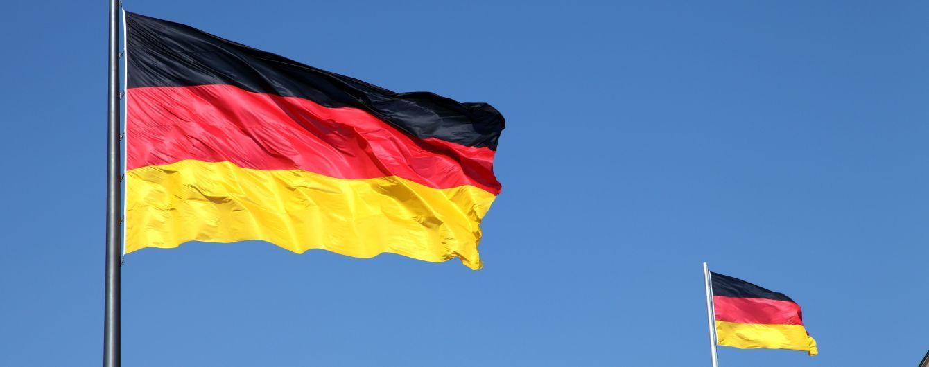 """В Германии назвали состав правительства новой """"большой коалиции"""""""