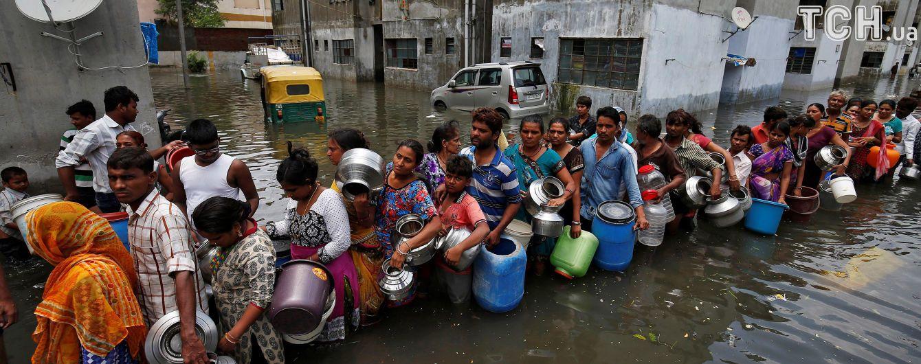 В Индии во время наводнения и оползней погибли больше 200 человек