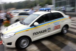 """Під Києвом невідомі з автоматами пограбували ювелірний магазин, оголошено план """"Сирена"""" - ЗМІ"""