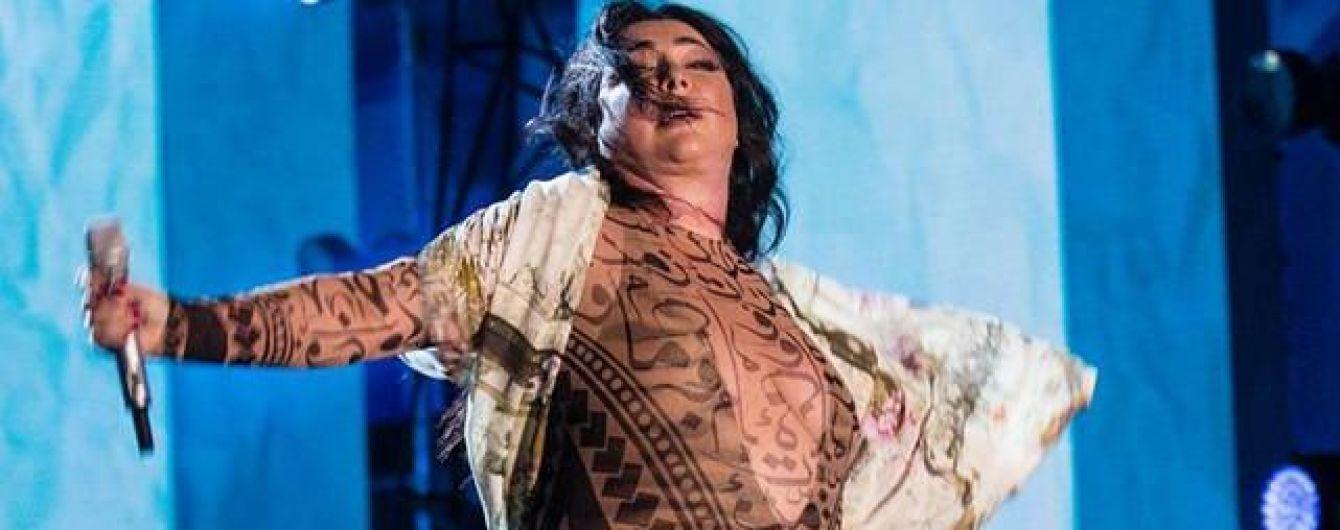 Лолита ответила на критику ее прозрачного боди в Сети: Мы, толстенькие, все замужем и у нас есть секс