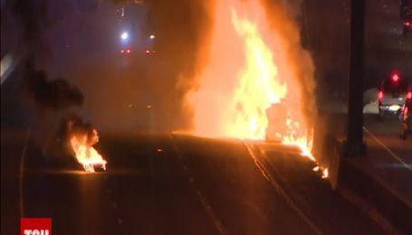 Щонайменше одна людина загинула після пожежі на шосе в Торонто