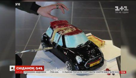 Миникупер-торт на колесах