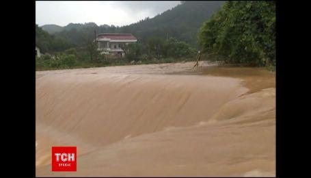 Села на востоке Китая приходят в себя после двух тайфунов