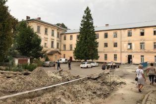 Руководство психбольницы во Львове не появилось на работе после резни в заведении