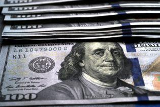 Україна взяла в борг у приватних інвесторів майже мільярд доларів
