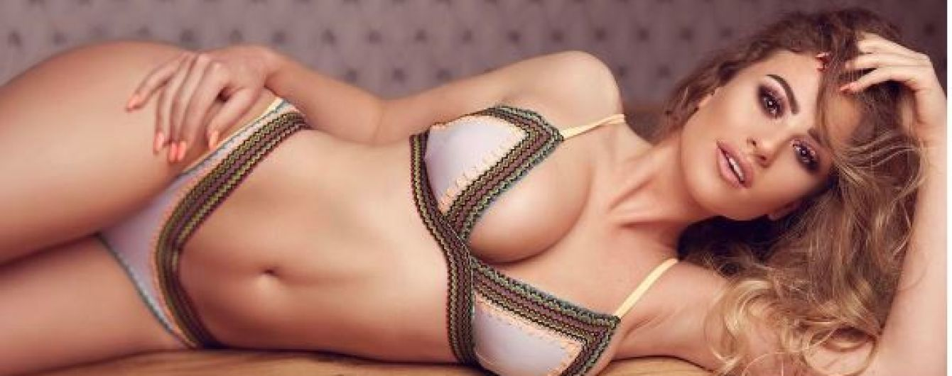 Порно модель украли в рабство