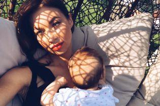 Логунова в оновленому іміджі показала зворушливі фото із донькою та Ступкою