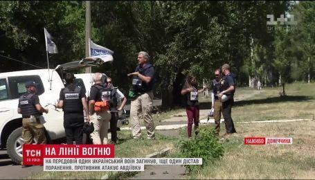 Один український військовий підірвався на розтяжці, іще один - зазнав поранення
