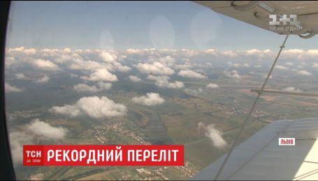 Український кукурудзник Ан-2-100 не зміг долетіти до Запоріжжя через негоду