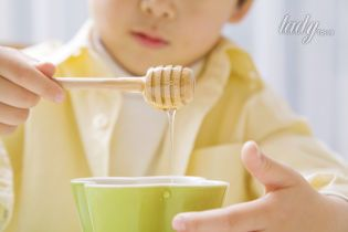Мед детям: правила безопасности