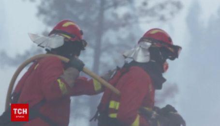 Испанские спасатели помогают гасить масштабные лесные пожары в Португалии