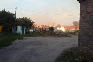 На Хмельнитчине произошел масштабный пожар на складах с коноплей