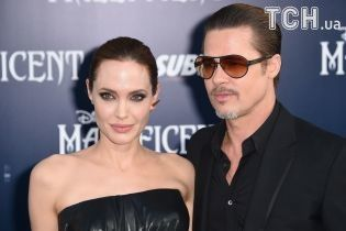 Анджелина Джоли и Брэд Питт достигли вынужденного согласия о совместной опеке над детьми