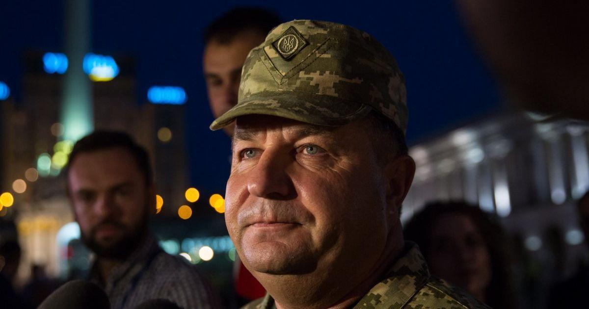 Полторак пообещал уйти в отставку из-за своего заместителя и назвал условие