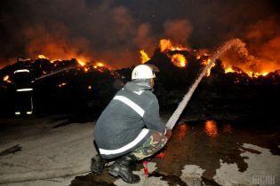 Пожежа, самогубство сина, байдужість чиновників: у Тернополі матір лишилася наодинці з бідою