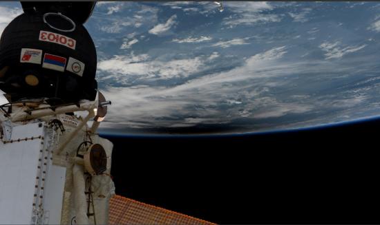 """Ремонт в космосі: на російському """"Союзі"""", який пристикований до МКС, стався витік повітря"""