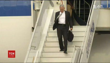 Міністр оборони США Джим Меттіс прибув до Києва
