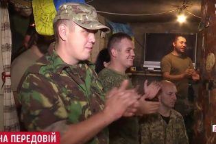 У промзоні Авдіївки бійці під обстрілами дивилися по телевізору парад із Києва