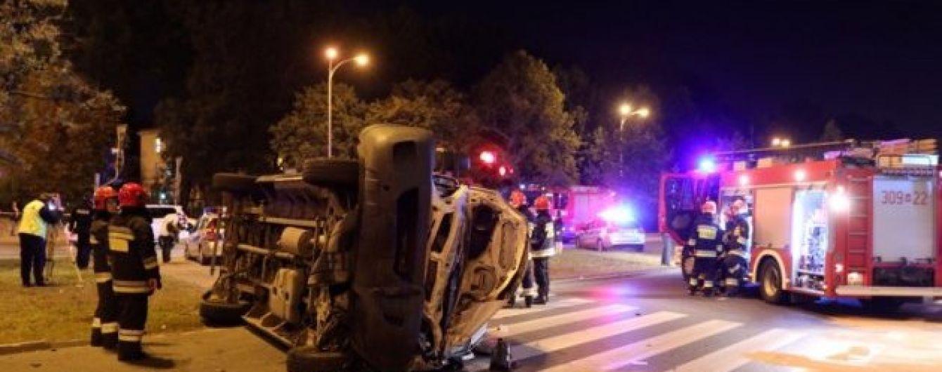 Генсек НАТО попал в аварию в Варшаве