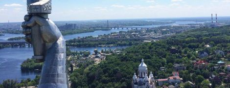В кинотеатрах Польши перед сеансами будут крутить проморолики об Украине