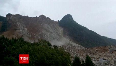 Понад 30 будинків зруйновано в Китаї в наслідок зсуву ґрунту