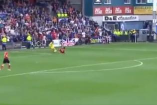 Шотландський воротар обіграв суперника, а потім забув про його існування
