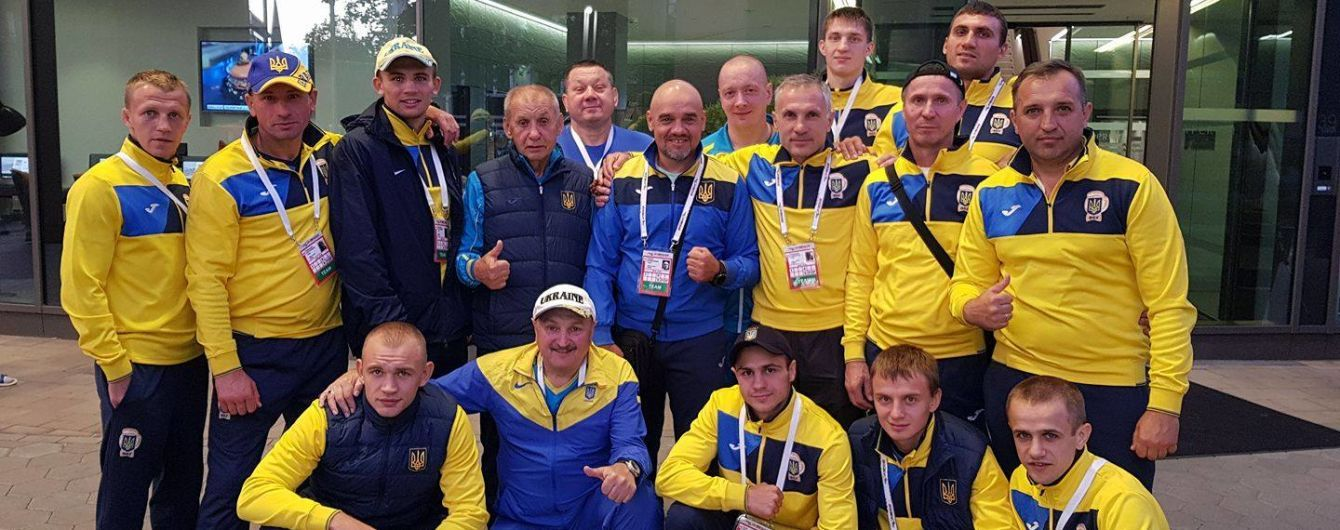 Чемпіонат світу з боксу. У чвертьфіналі українську команду представлятимуть двоє боксерів