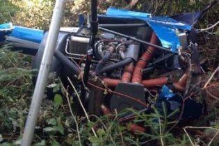 На Прикарпатье нашли обломки неизвестного воздушного судна и мертвого мужчину