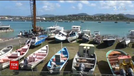 """Пуерто-Рико готується зустрічати потужний шторм """"Ірма"""""""