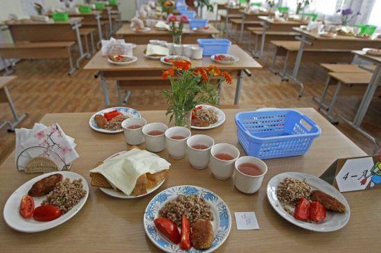 Шеф-кухар розкритикував шкільне харчування і запропонував конкретні зміни у меню