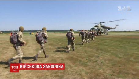 Військові з Молдови візьмуть участь у навчаннях НАТО попри заборону президента країни