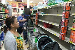 """Затори на кілька днів, закриття заводів та шкіл. Мешканка Флориди розповіла ТСН.ua про підготовку до урагану """"Ірма"""""""