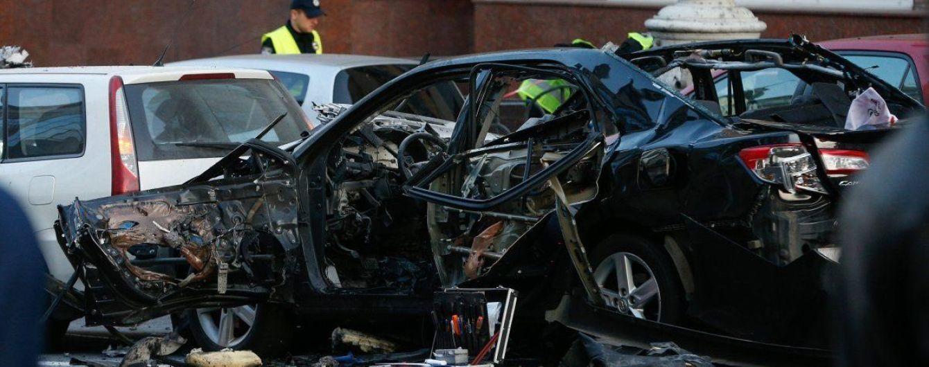 Врачи сделали невероятное: пострадавшая во взрыве авто на Бессарабке постепенно выздоравливает