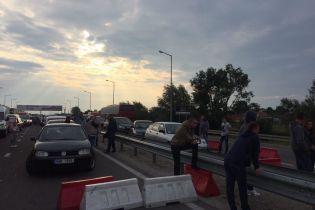 На кордоні з Польщею стоять близько тисячі автомобілів