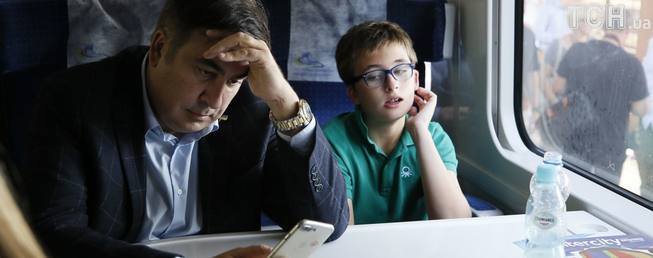 """Саакашвілі заявив про затримання його 11-річного сина в аеропорту """"Бориспіль"""""""