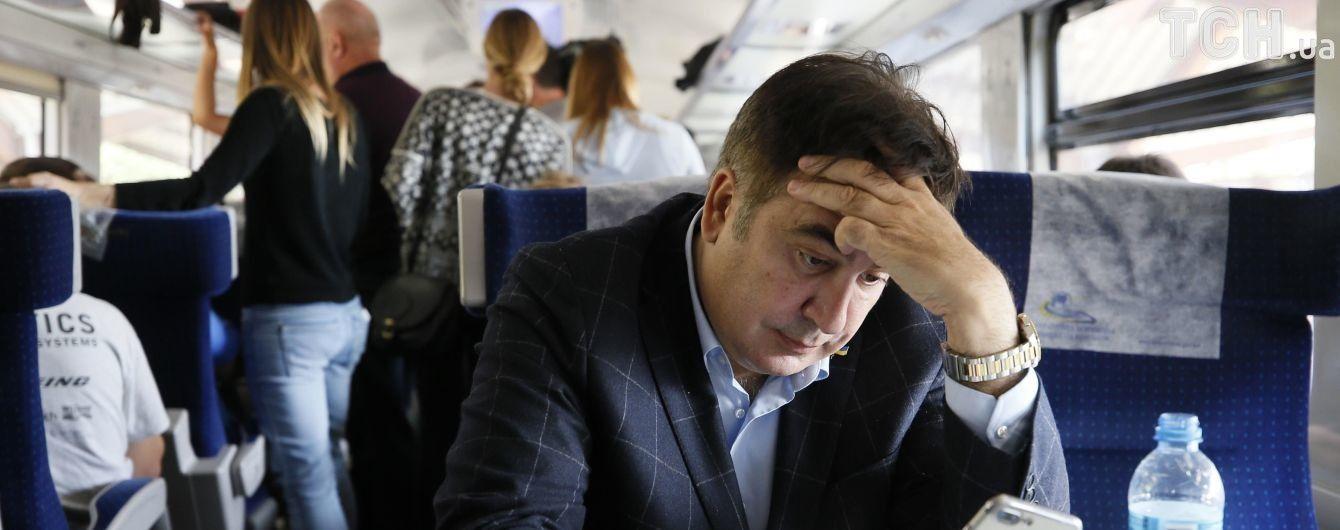 """""""Возвращаемся к первому плану"""": Саакашвили решил ехать в Украину на автобусе"""
