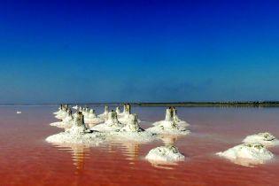 """Ефект Мертвого моря: """"царські ванни"""" та омолоджувальна ропа Куяльницького лиману"""