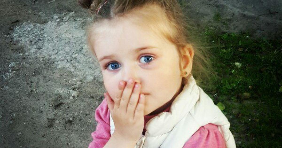 3-річній Мілані потрібна ваша допомога