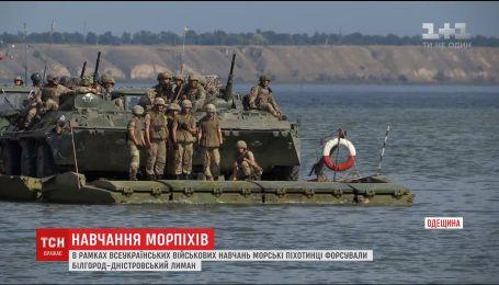 В рамках тактических учений морские пехотинцы форсировали Белгород-Днестровский лиман