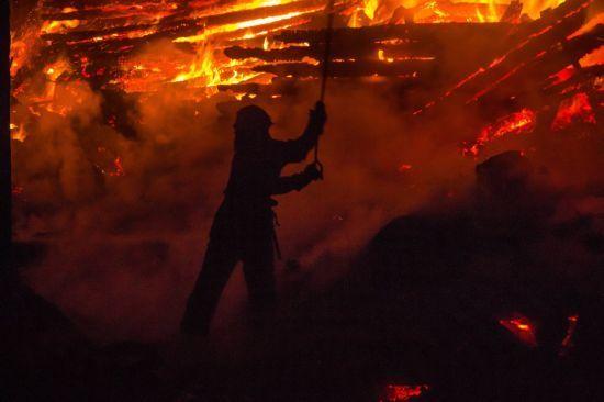 """Пожежа у таборі """"Вікторія"""": дані незалежної експертизи не збігаються із висновками державної"""