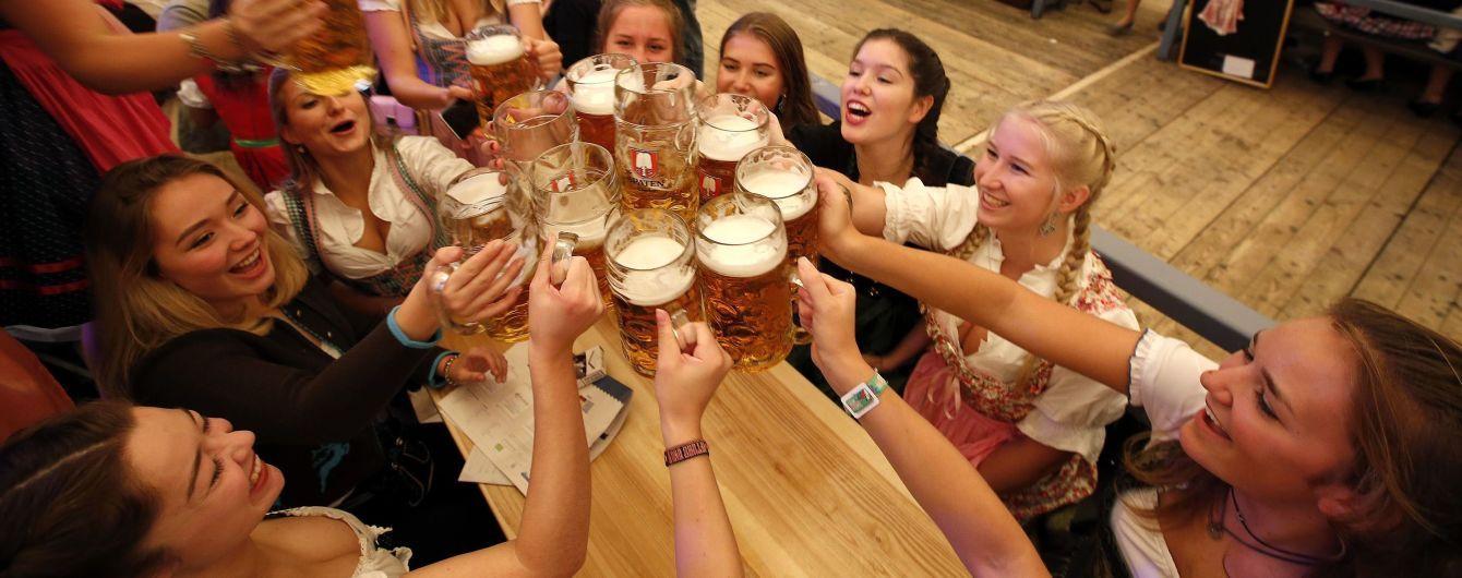 Миллионы кружек пива и желание секса – стали известны подробности Октоберфеста-2017