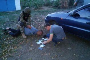 На Луганщині затримали банду, яка примушувала дівчат до заняття проституцією у РФ