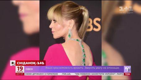 """79-летняя Джейн Фонда шокировала платьем и украшениями на церемонии """"Эмми"""""""