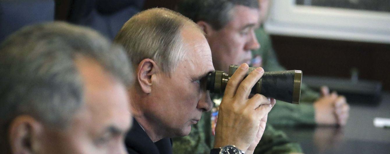 Окупанти відзвітували про створення самодостатнього угруповання військ в Криму