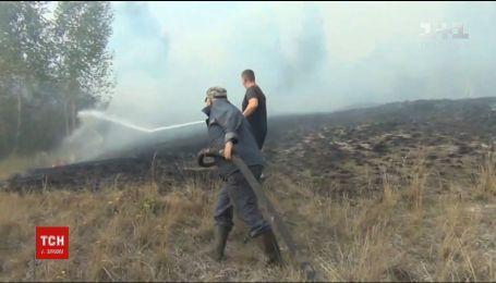 В Черкасской области вторые сутки горят торфяники
