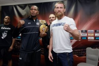 Российский боксер разделся догола на взвешивании перед чемпионским боем