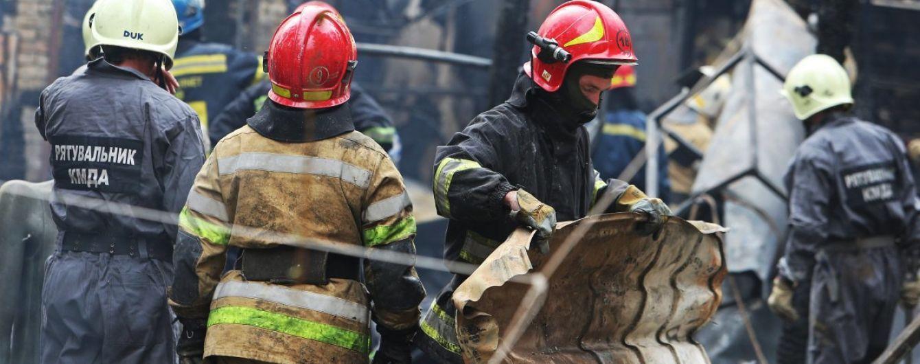 У пожежі у будинку на столичній Оболоні загинув чоловік