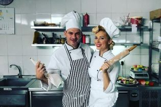 Закохані кухарі: Матвієнко та Мірзоян знялися у кумедній фотосесії