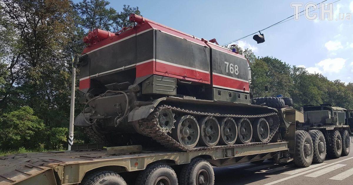 Пожежні танки у Калинівці